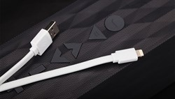 Кабель iHave Charge & Sync Lightning-USB Flat для iPhone/ iPad 90cм (ib0490) - фото 12829